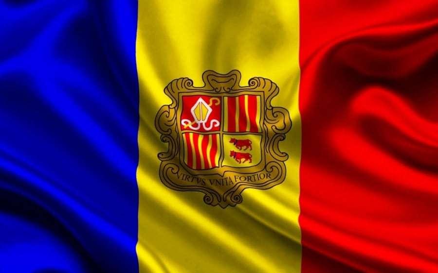 Андорра - флаг