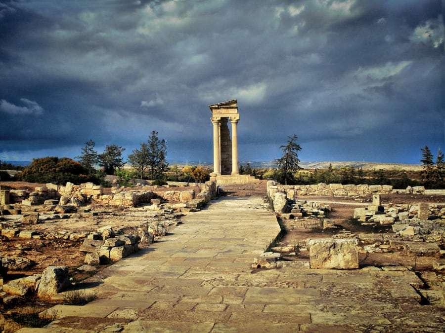 Горящие путевки в Кипр