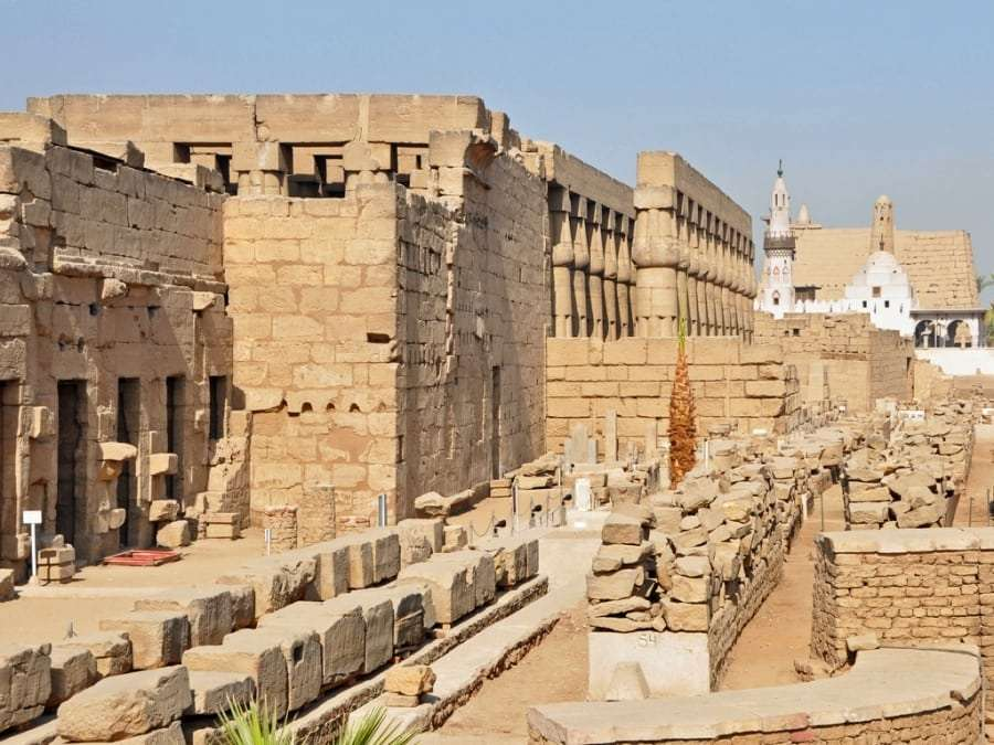 Храм в Луксоре, Египет