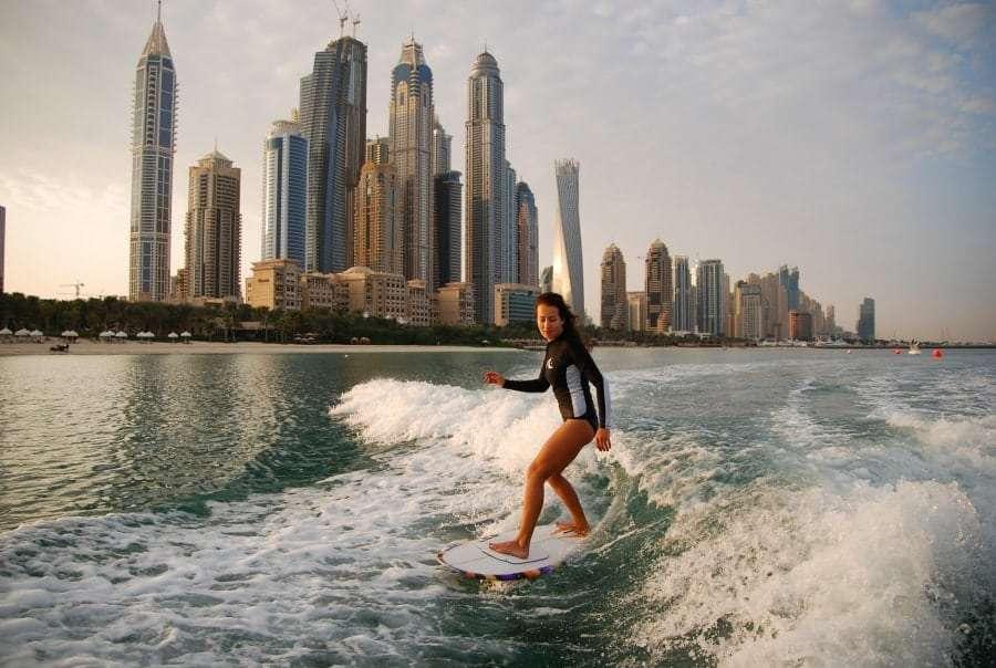 Серфинг в Дубае