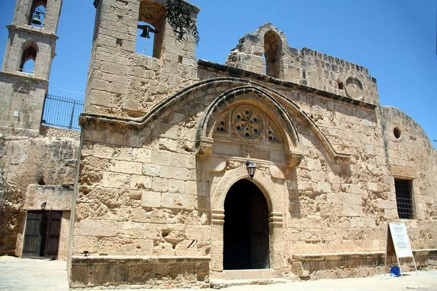 Кипр: что посмотреть в Айя Напе