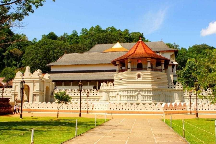 Сколько лететь на Шри-Ланку из Киева