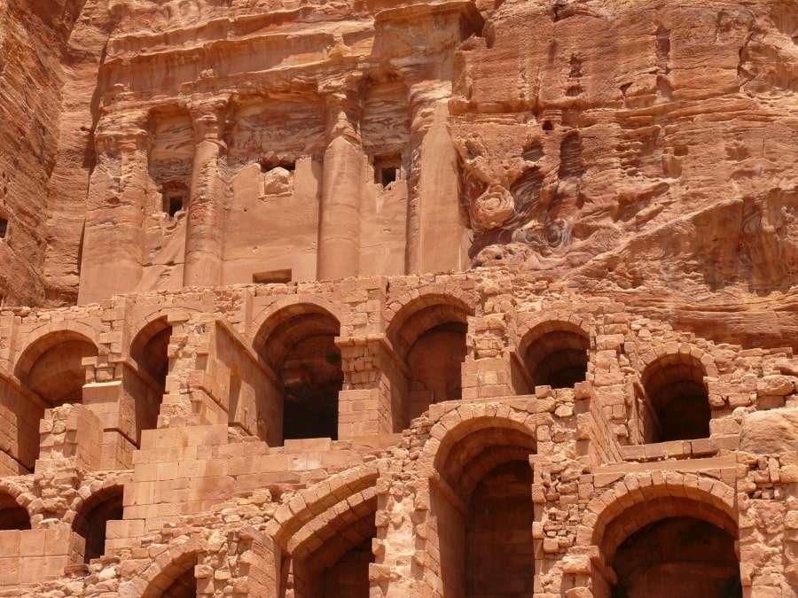 Храм Петра в Иордании