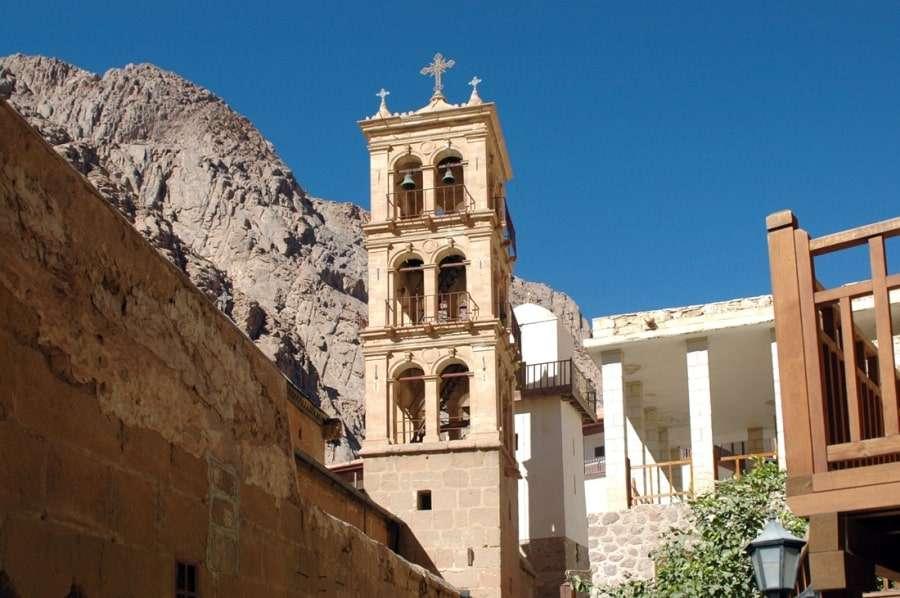 Двор Монастыря святой Екатерины на Синае
