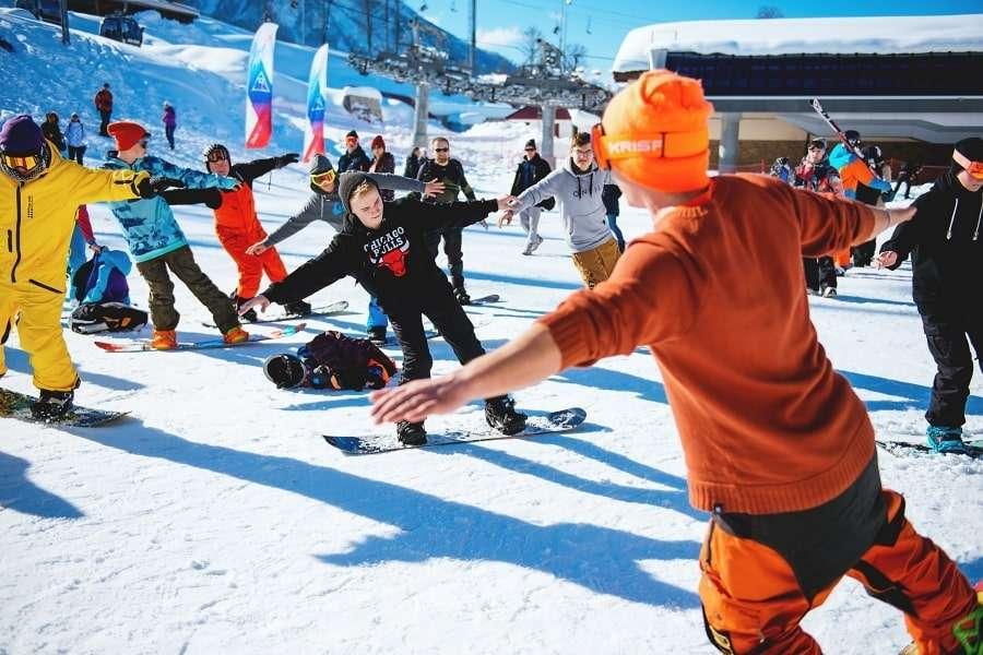 Обучение горнолыжному спорту