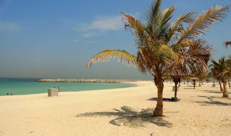 Какое море в Дубаи