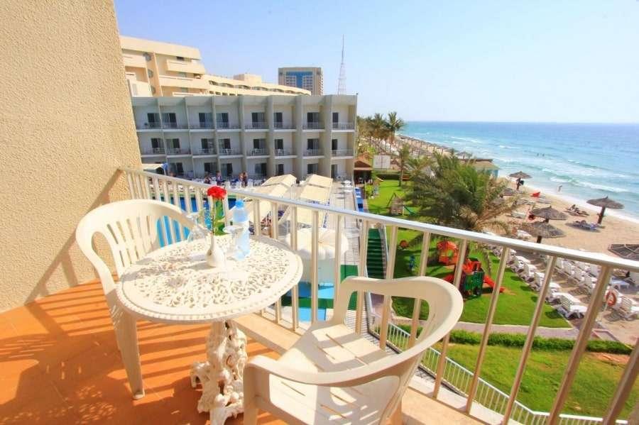 ОАЭ, Шарджа: отели с собственным пляжем