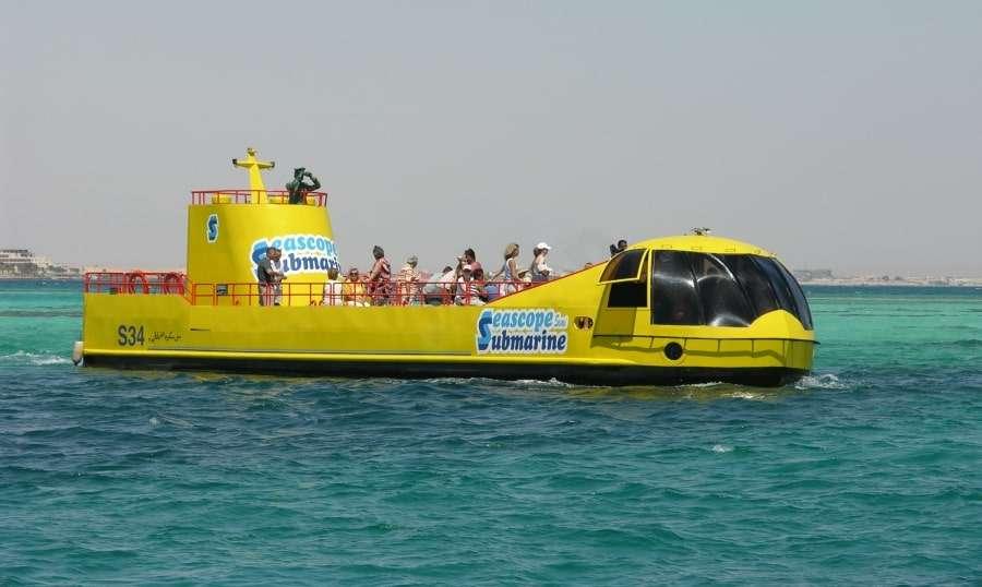 Экскурсии на батискафе в Красном море