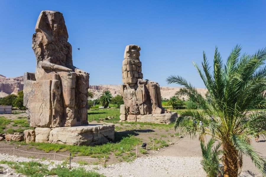 Древние постройки Луксора
