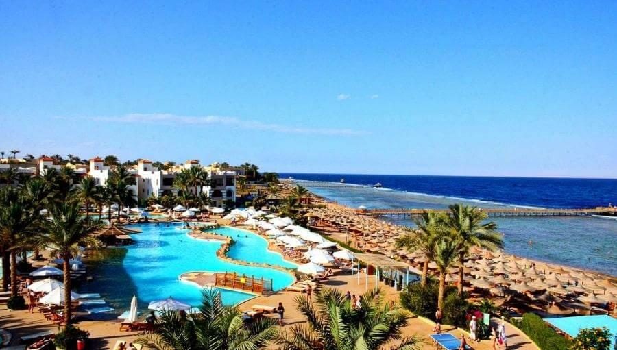 Территория отеля Rehana Sharm Resort 4*