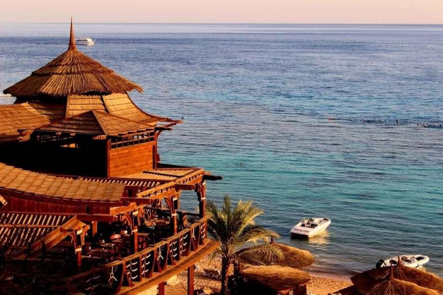 Красное море из отеля Faraana Reef Resort