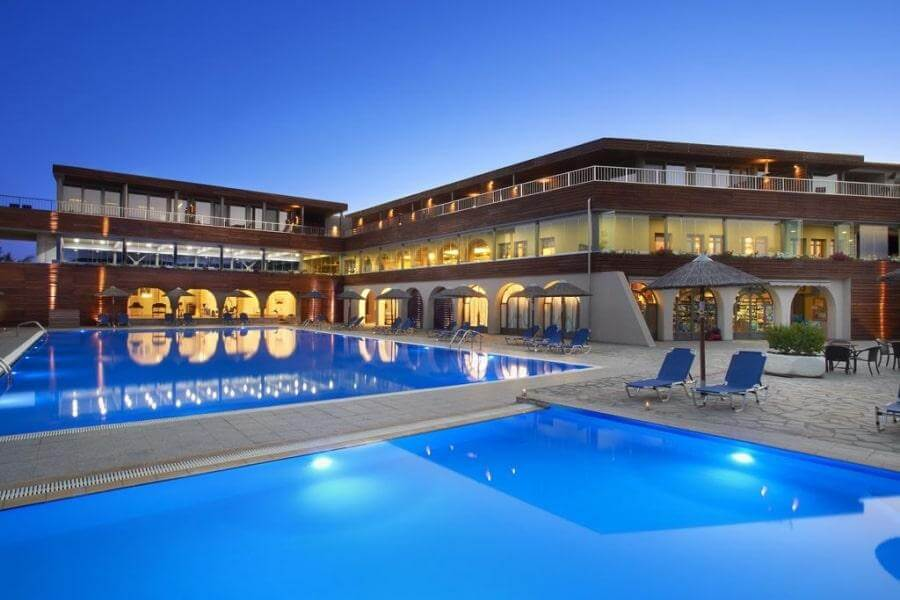 Фото отеля Blue Dolphin 4* в Халкидики-Ситонии, Греция
