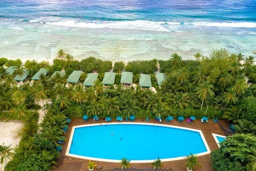 4-звездочный отель Canareef Resort на Мальдивах
