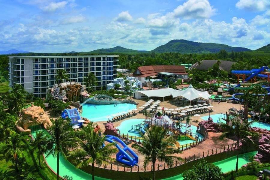 Фото 5-звездочного отеля Splash Beach Resort на Пхукете, Таиланд