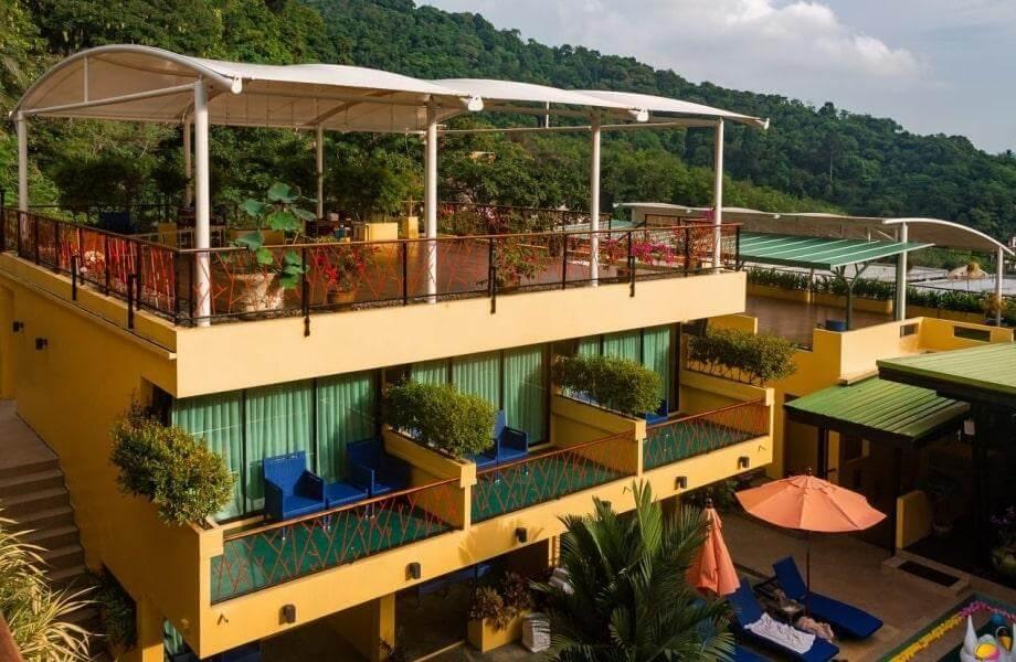 Фото 4-звездочного отеля CC's Hideaway на Пхукете, Таиланд