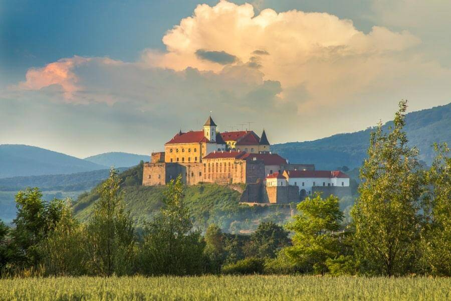 Мукачевский замок, Закарпатье