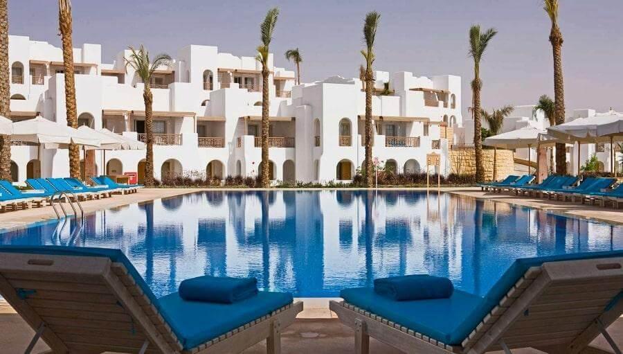Бассейн в отеле Novotel Sharm el Sheikh 5* в Шарме