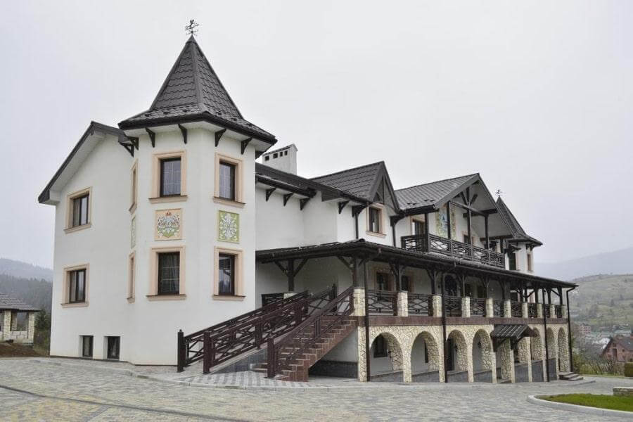 Фото отеля Двор Княжеской Короны 3* в Славском, Карпаты, Украина