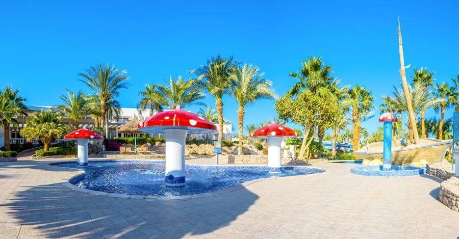 Бассейны в отеле Maritim Jolie Ville Golf & Resort 5*